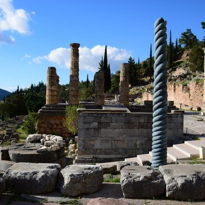 Tour to Delphi by Athens in a tour