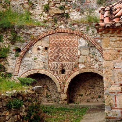 Tour to Argolis, Soarta, Mystras and Diros Caves by Athens in a tour
